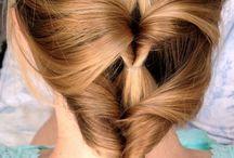 hair stylin' / by Seema Mistry