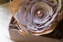FLOWERS - PAPER / by Julie Cohen