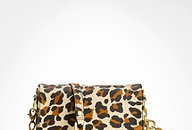 Handbags, Clutches & Purses Oh My! / by Stephanie Bowling