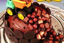 Cakes / by Katherine Blasius