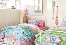 W&E: Girls' Bedroom(s) / by Kelly Malek
