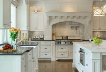 Kitchen / by Lisa Yim
