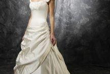 Dresses / by Kimberley Myles