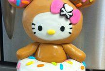Pretty Cakes & Cupcakes / by Jordan Tomten