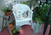 porch ideas / by Robin Hartway