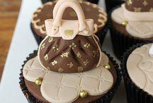 Cakes I love... / by Jamie Rachelle