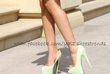 Verde que te quiero verde! / by Yo Amo Los Zapatos Oficial