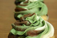 Food/Drink Ideas!! / by Alyssa Marie Murray! :)