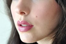 Make-up / by Modish Wed