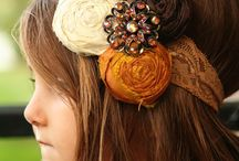Hair accessories / by Agustina Ingram