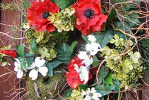 wreaths / by Deborah O'Neill