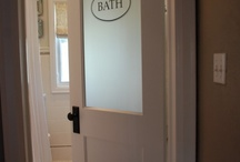 Bathrooms / by Stephanie Mapes