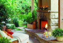 Outdoor Living / by Elizabeth Lamont