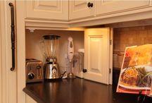 Kitchen / by Barbara Golden