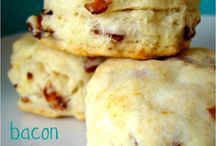 Breads, Muffins & Biscuits / by Jennifer Hornback
