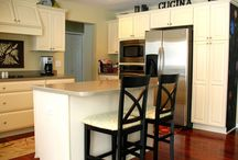 Project: Kitchen Cabinets / by Jessica Louwerse