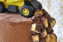 Cool cake  and pastry designs / by Kimberly McPherson