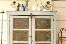 Antique cupboards / by Julie Snyder