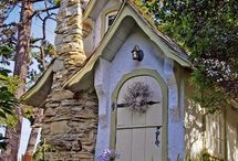 cottages / by Pat Neiheisel