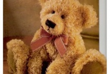 Teddybears to cuddle / Because everybody needs a cuddle... / by Gerry Teuben