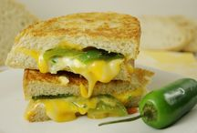 Yummy Grilled Cheese Sandwiches / by Shona Hendrycks