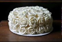 cake decorating / by Sherri Farniok