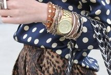 Accesories  looks / by Sylvia Dowdy