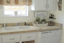 Kitchen/Dining Room / by Brittany Rice