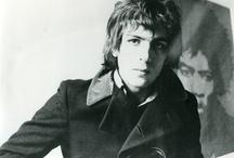 Shine Syd Barrett & Pink Floyd  / by Marie ROSELL
