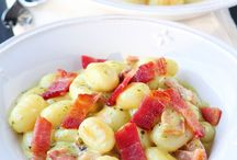 Pasta / by Lianne Dups