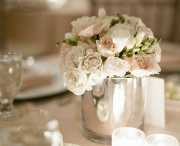 Flower Centerpieces / by Tammy Kim