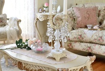 DECORATING IDEAS / by Sharon Wong