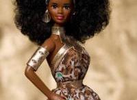 Barbie & com... / by Antonella
