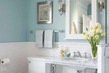Bathrooms / by Michelle Lambert