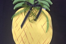 Pineapple Welcome Sign / by Janet Howard