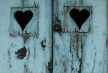 open the door / by Joanne Murino