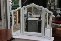 Brocante mirrors / by Yolanda Uitendaal-Nielen