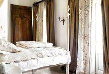 Bedroom / by Laurie Hibbert