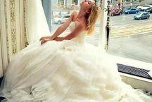 Wedding dresses / by Ana ruth Soto