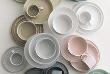 Cups, Mugs & Tea pots / by Clau Alaminos