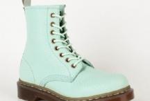 shoes / by Elizabeth Dawn