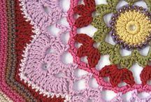 Crochet: squares / motivs / stitches / by Eva Romero