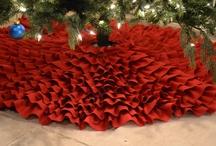 Craciun / All things Christmas / by Hayley Thompson Mesplie