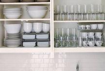 Kitchens / by Elizabeth Larkin