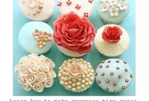 Irresistable cupcakes / by Katherine McCauley