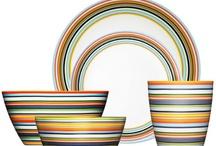 Dinnerware ideas / by Lynn Colberg