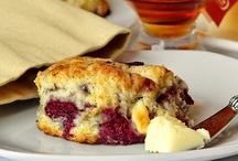Delectable Desserts & Treats / by Lynn Huggins