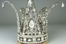 Crowns / Jeweled crowns  / by Melinda Dame Christensen