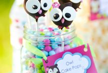 cake pops / by Laurie Gonzales