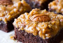 Recipes { Brownies } / by Charmios